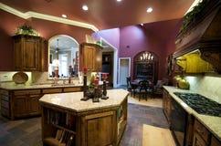 украшенная кухня роскошно Стоковые Изображения RF