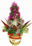 Украшенная рождественская елка в цветочном горшке Стоковые Фотографии RF