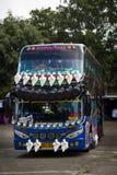 Украшенная шина тренера в Таиланде стоковое изображение rf