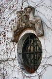 украшенное французское окно Стоковая Фотография