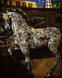 Украшенные лошадью первоначально стикеры Лондона открывают Стоковое фото RF