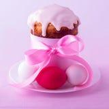 Украшенные торты и яичка пасхи Стоковое фото RF