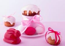 Украшенные торты и яичка пасхи Стоковая Фотография RF