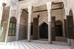 Украшенный двор внутри Kasbah Telouet в высоком атласе, центрального Марокко, Северной Африки Стоковая Фотография