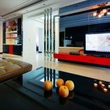 украшенный самомоднейший тип комнаты Стоковые Изображения