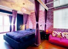 украшенный самомоднейший тип комнаты Стоковое Изображение