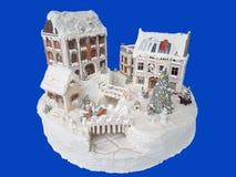 украшенный торт Десерт помадки Delicius Еда европейской традиции Изолят на голубой предпосылке стоковое фото rf