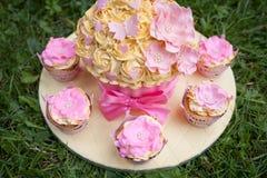 украшенный торт Стоковое Изображение