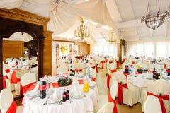 Украшенный wedding ресторан в стиле рождества Стоковые Фотографии RF