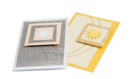 2 украшенных бумажных изолированной карточки подарка приветствию Стоковые Изображения