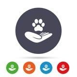 Укрытие pets значок знака Рука держит символ лапки Стоковое Фото