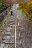 Уклон Keage, около виска Nanzenji в Киото стоковое изображение