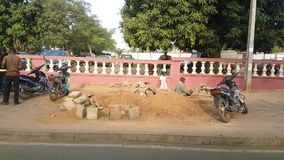 Улица Бамака Мали с акции видеоматериалы