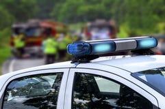 Улица вождения автомобиля чрезвычайного обслуживани полицейского в открытом Стоковое фото RF