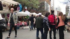 Улица воскресенья справедливая на NYC видеоматериал