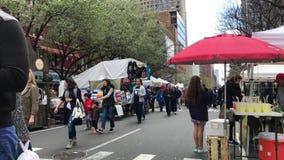 Улица воскресенья справедливая на NYC акции видеоматериалы