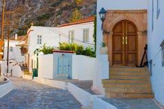Улица в острове Hydra в Греции в заливе Saronikos Стоковые Изображения