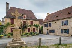 Улица в Свят-Леон-sur-Vezere, Франции стоковые изображения rf