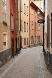 Улица в старом городке в Стокгольме Стоковая Фотография RF