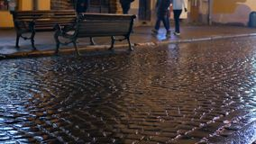 Улица города людей идя видеоматериал
