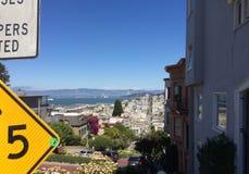 Улица ломбарда Сан Fransisco стоковые фото