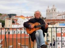 улица музыканта lisbon стоковое фото rf