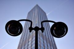 улица небоскреба переднего света Стоковые Фотографии RF