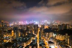 Улица ночи в Kowloon, Гонконге стоковая фотография