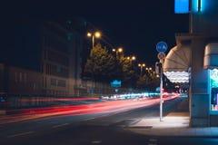 Улица ночи на заднем плане Стоковое Изображение