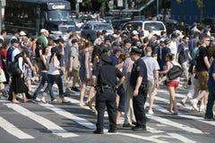 улица пешеходов скрещивания Стоковая Фотография