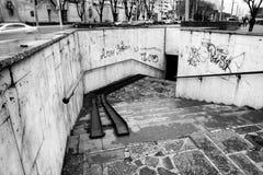 Улица после дождя в Chisinau столица республики Молдавии Архитектура и здания, бульвар Стефана большой Стоковое Фото