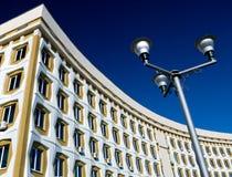 улица светильника здания самомоднейшая Стоковое Фото
