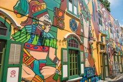 УЛИЦА СИНГАПУРА BUGIS, 10-ОЕ АВГУСТА 2016: Граффити на стенах o Стоковое Изображение
