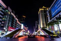 Улица 15 Шэньчжэня Huaqiang северная коммерчески стоковое изображение