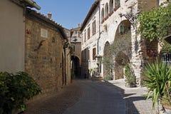 Улица Assisi старая стоковая фотография rf