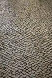 улица lisbon Португалии булыжника Стоковые Изображения