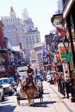улица New Orleans экипажа бербона Стоковое Изображение