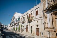 Улицы города trulli Trullo в Италии Стоковое фото RF