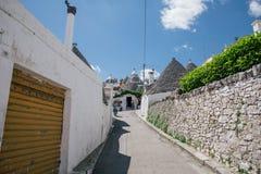 Улицы города trulli Trullo в Италии Стоковые Изображения
