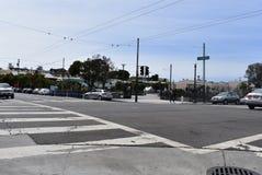 улицы семнадцатого и Folsom самый низкий пункт в Сан-Франциско, 4 стоковые фото