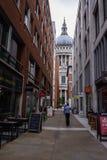 Улицы церков ` s Лондона St Paul стоковые фотографии rf