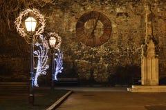 Уличные светы с украшением рождества перед собором Загреба, Загребом, Хорватия, Стоковые Фото