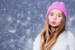 Ультрамодная положительная девушка стоковое фото rf