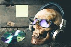 Умершие к оборудованиям музыки КОМПАКТНОГО ДИСКА Стоковая Фотография
