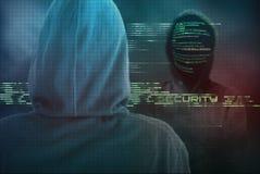Умелый компьютерный эксперт защищает ваш компьютер от хакеров cy Стоковое Изображение