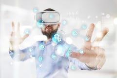 Умная концепция индустрии и автоматизации Интернет вещей IOT, концепция технологии стоковое изображение rf