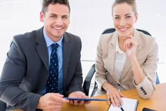 Умно одетые коллеги в деловой встрече Стоковые Изображения