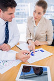 Умно одетые коллеги в деловой встрече Стоковое Фото