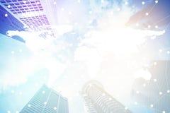 Умные город и интернет с сетью - соединением связи на современном городе Стоковое фото RF