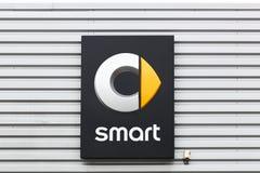 Умный логотип на стене Стоковое Изображение RF
